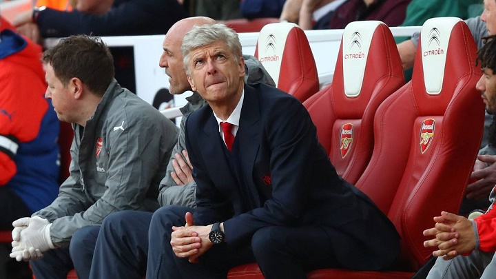 Wenger-banquillo