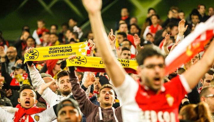 aficionados-Monaco-en-Dortmund