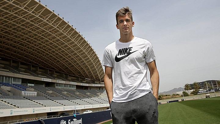 Diego-Llorente-Real-Sociedad