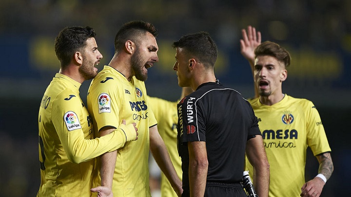 Villarreal-arbitro