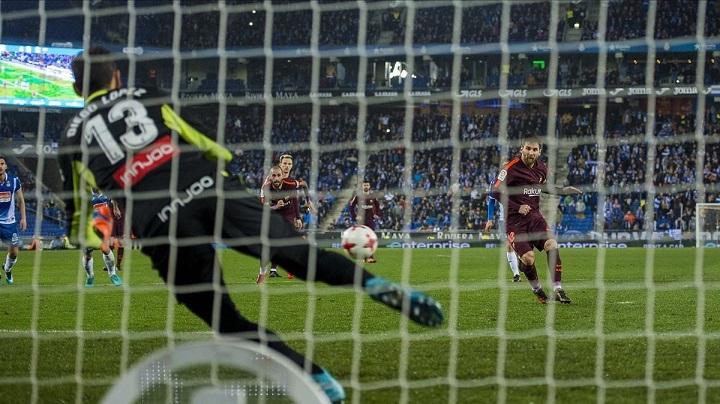 Messi-fallando-un-penalti