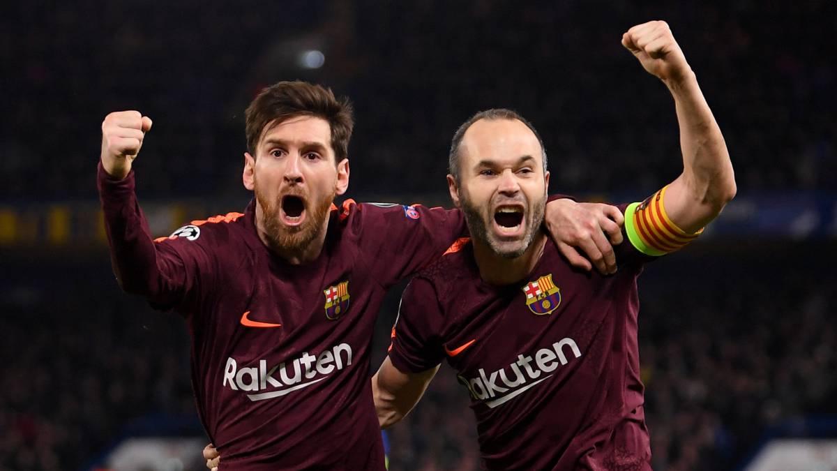 Messi-e-Iniesta-abrazados