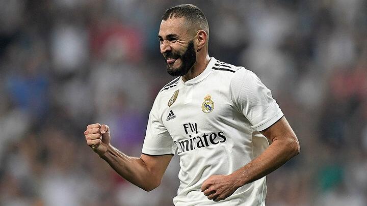 Karim-Benzema-feliz