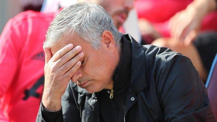 Jose-Mourinho-preocupado