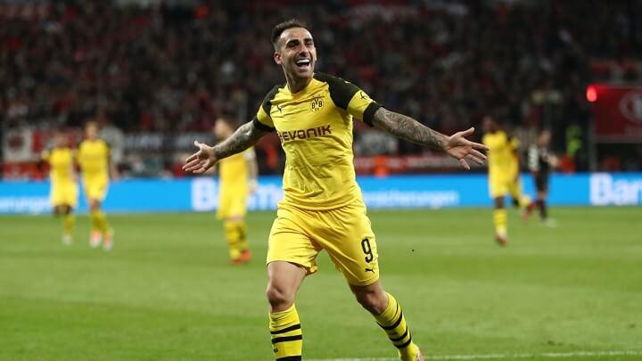 Paco-Alcacer-celebrando-un-gol
